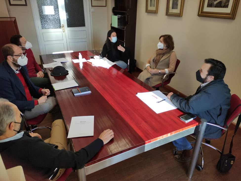 Reunión en el Ayuntamiento para perfilar esta exposición permanente - FOTO: Concello de Ferrol