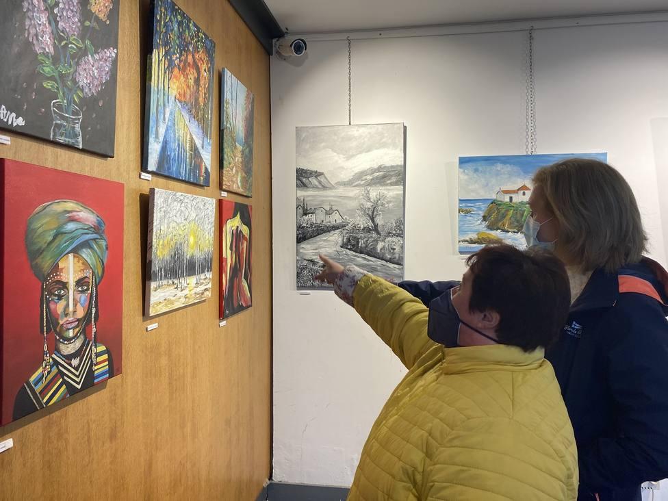 La exposición se puede ver en la casa de la Cultura de Valdoviño