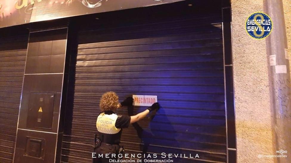 Desalojadas 600 personas en cuatro bares de Sevilla