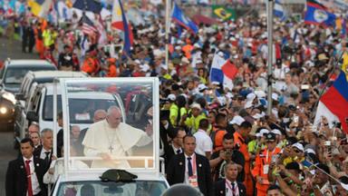 El Papa lanza un mensaje a los jóvenes: Para volver a levantarse, el mundo necesita vuestro entusiasmo