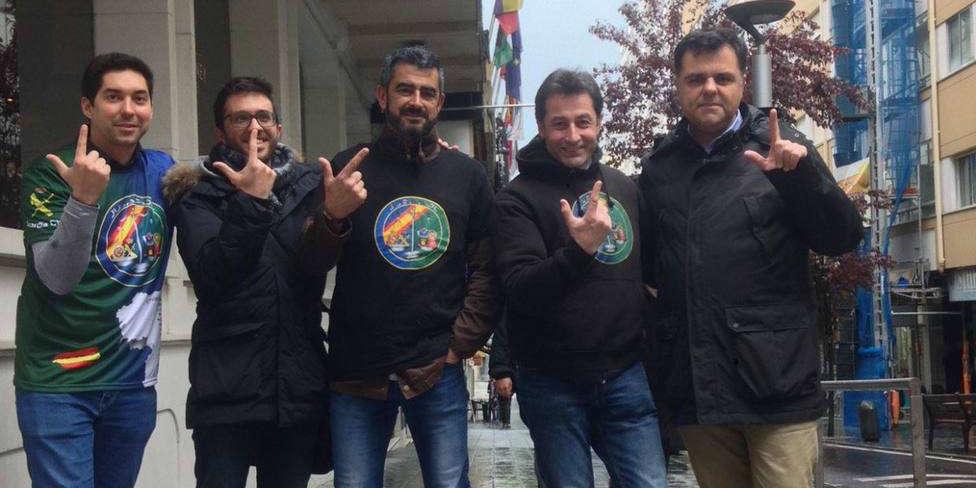 El candidato de Vox en A Coruña apoya las reivindicaciones de Jusapol