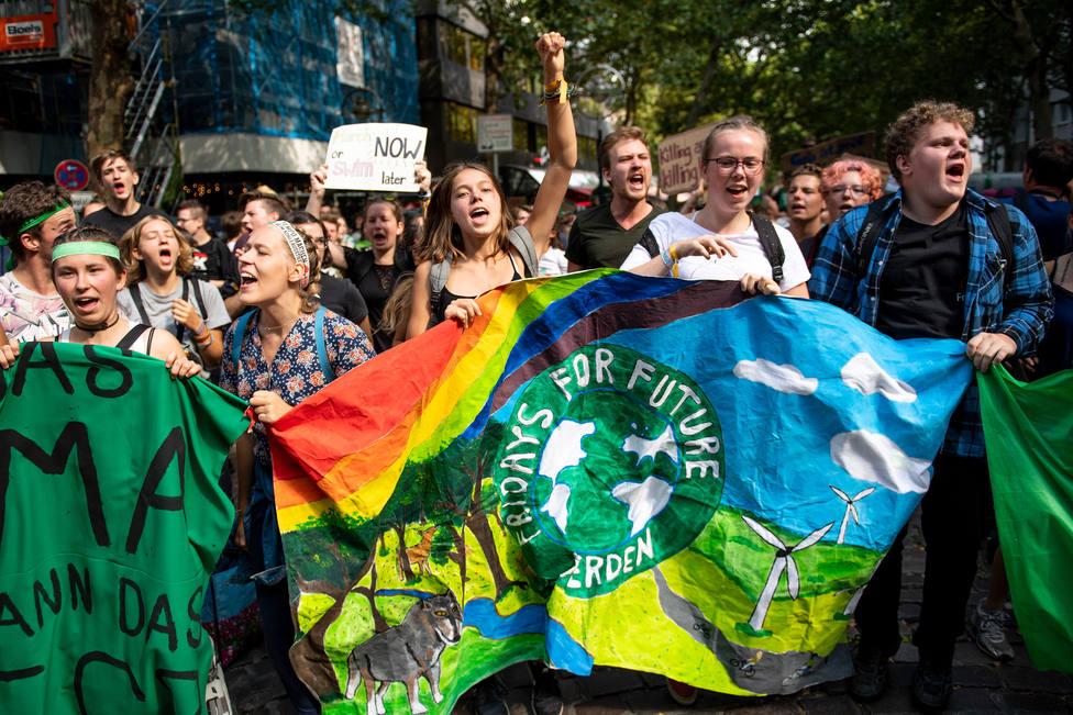 El movimiento Fridays For Future define su estrategia internacional en Suiza con medio millar de jóvenes de 40 países