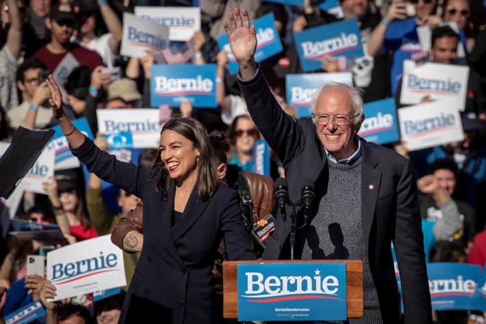 Bernie Sanders vuelve a hacer campaña después de sufrir un ataque cardíaco
