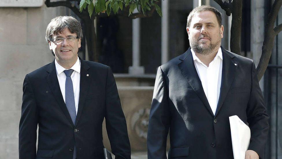 Imagen de archivo de cuando Puigdemont y Junqueras eran presidente y vicepresidente de la Generalitat.