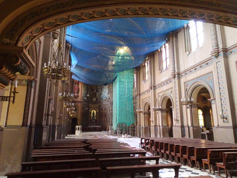 Obras en la iglesia del Centro Arrupe