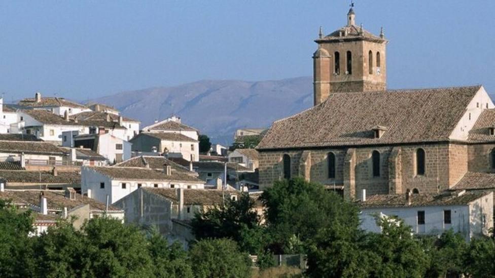 La localidad granadina de La Puebla relaja este lunes su confinamiento ante la mejoría del brote