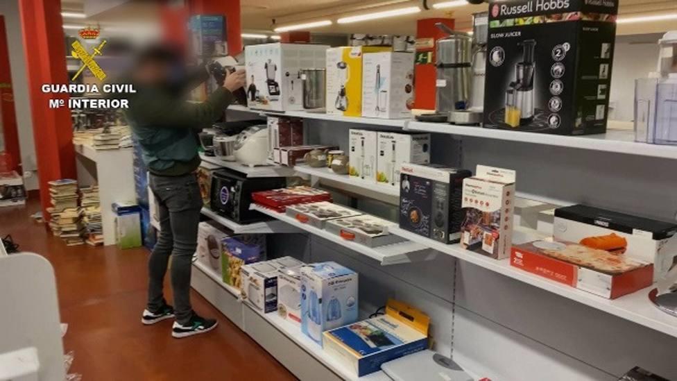 Sucesos.- Detenidas 18 personas por estafas en Internet en varias provincias, entre ellas Albacete, Ciudad Real y Toledo