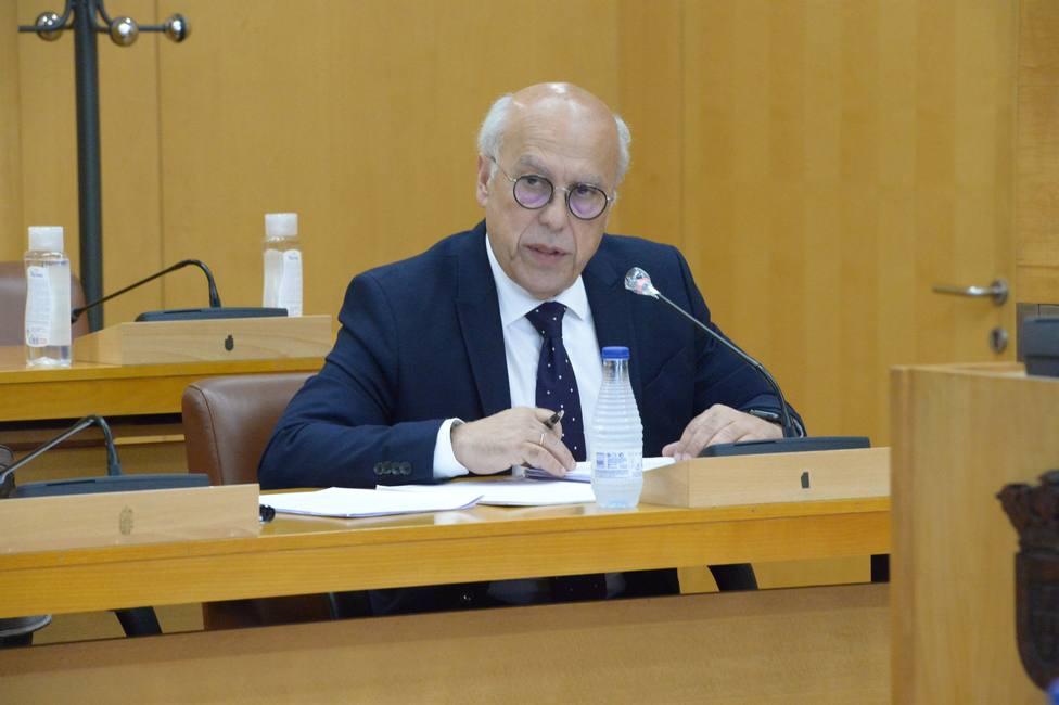 Exigen explicaciones al Gobierno de Ceuta por la vacunación del consejero y altos cargos de Sanidad
