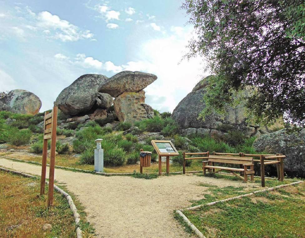 Ruta de los sentidos. Monumento Natural de Los Barruecos.