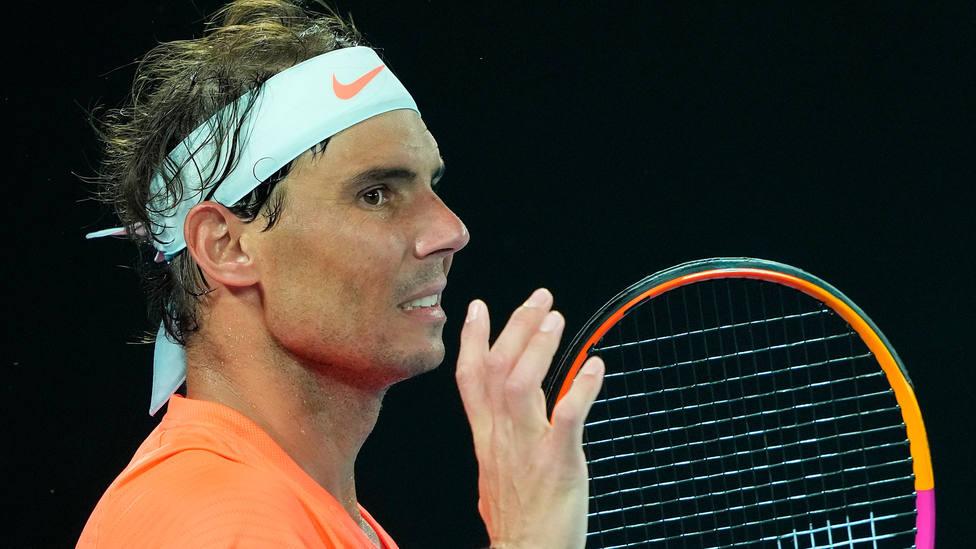 Rafa Nadal, durante el partido de cuartos de final del Open de Australia ante Stefanos Tsitsipas. EFE