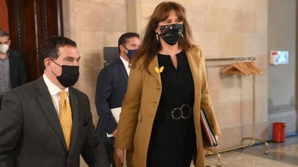 Jaume Alonso-Cuevillas y Laura Borràs en el Parlament