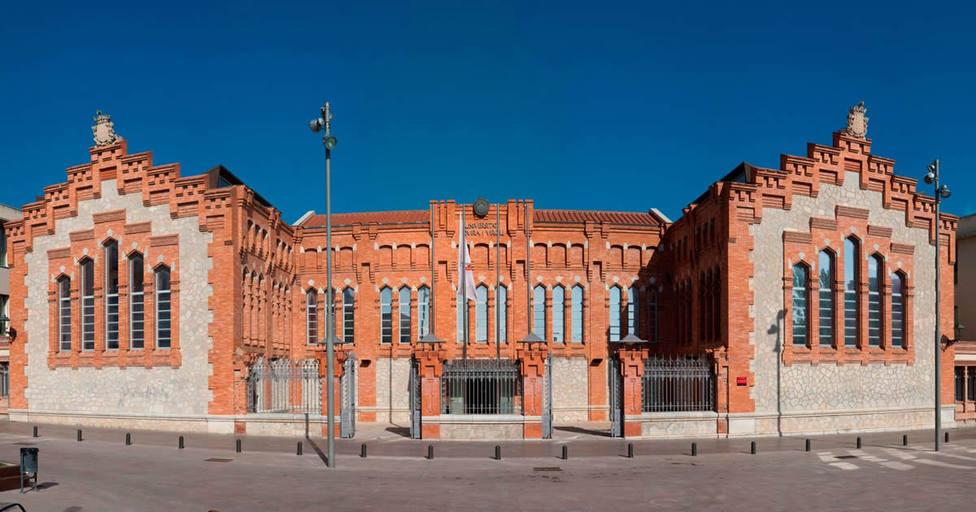 Edificio de la Universitat Rovira i Virgili - URV - Archivo
