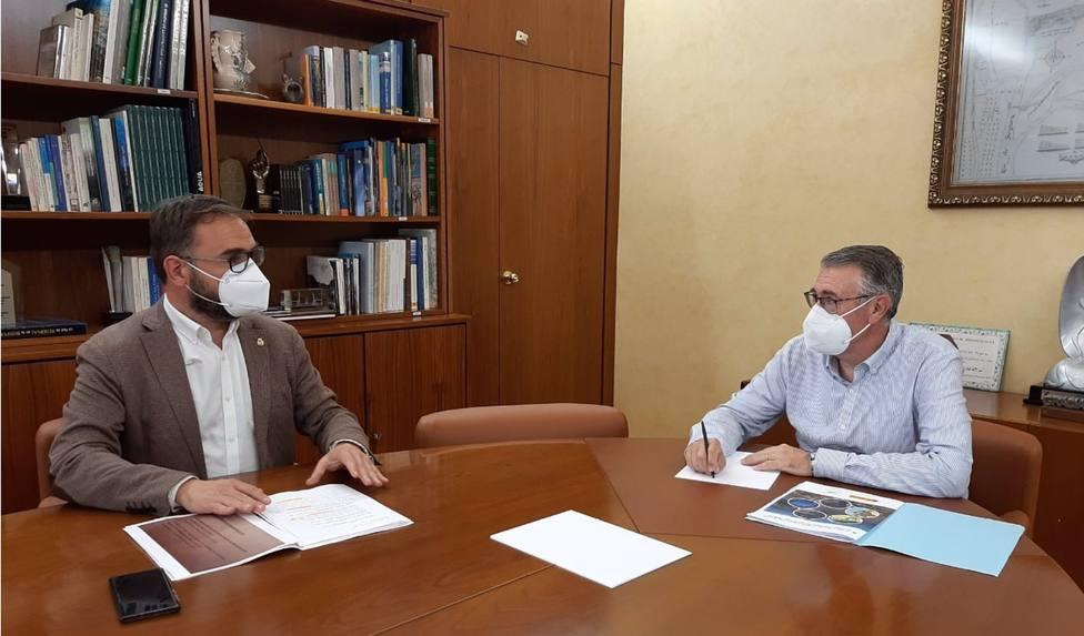 El presidente de la CHS mantiene una reunión de trabajo con el alcalde de Lorca