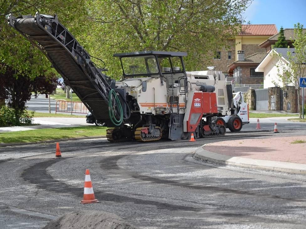 Ha comenzado la operación asfalto en la rotonda Víctimas del Terrorismo
