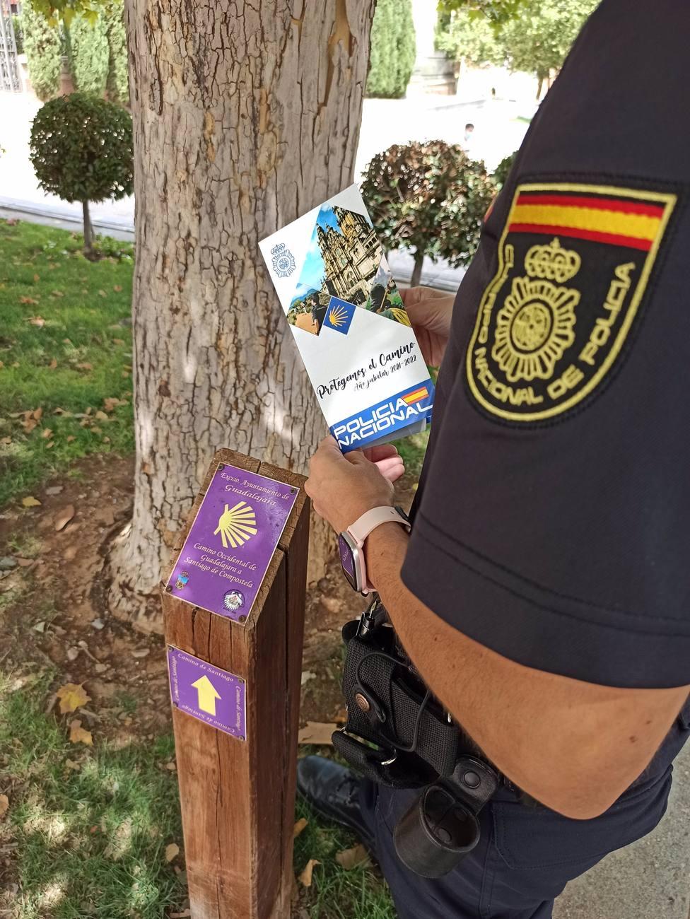 Policía Nacional ya tiene centros oficiales de sellado de la credencial de peregrino en Albacete, Guadalajara y Toledo