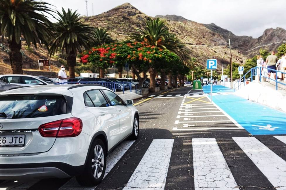 Santa Cruz reabre al tráfico el Carril 0 de Las Teresitas