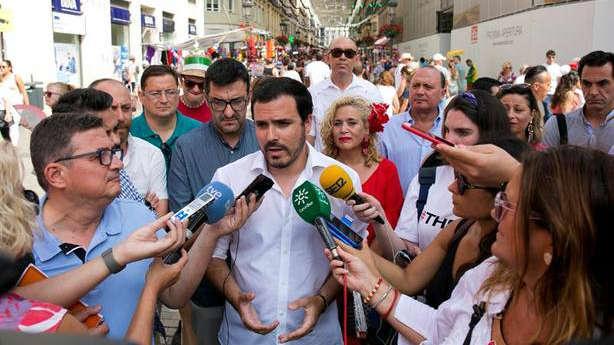 Un hombre, detenido por intentar agredir a Alberto Garzón en Málaga