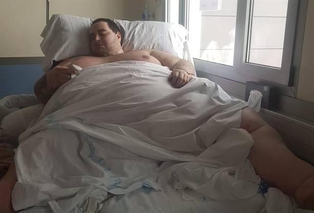 Teo, el joven valenciano con obesidad mórbida, recibe el alta esta semana tras bajar a 290 kilos