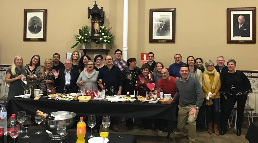 Integrantes de la junta directiva y voluntarios de la Cocina Económica de Ferrol