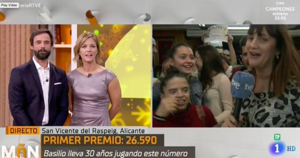 La reacción de una reportera de TVE al conocer que le ha tocado El Gordo: Natalia mañana no trabaja
