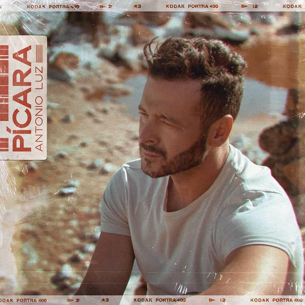 El cantautor Antonio Luz publica este jueves su nuevo single, Pícara