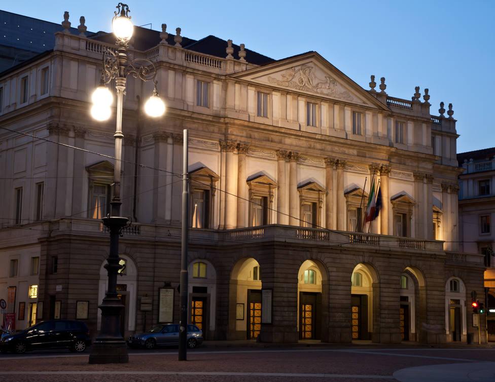 La Scala de Milán cerrada por 27 positivos por coronavirus