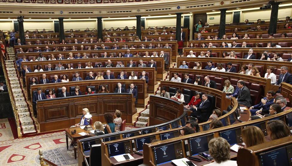 El Congreso debatirá la enmienda antidesahucios, pero rechaza muchas del PP y Cs