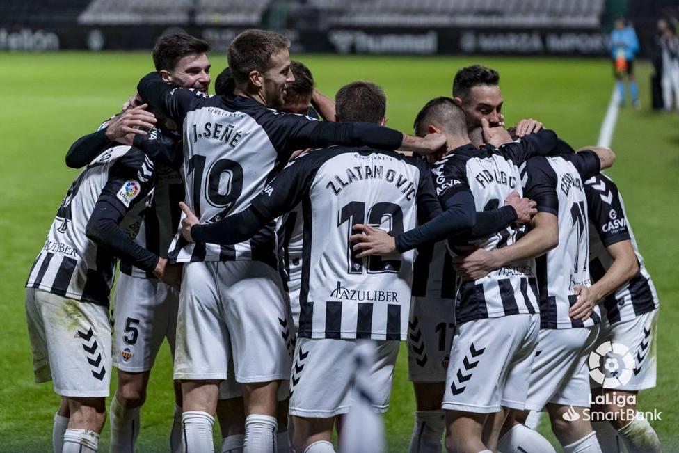 El Castellón celebra su victoria 500 en Segunda división