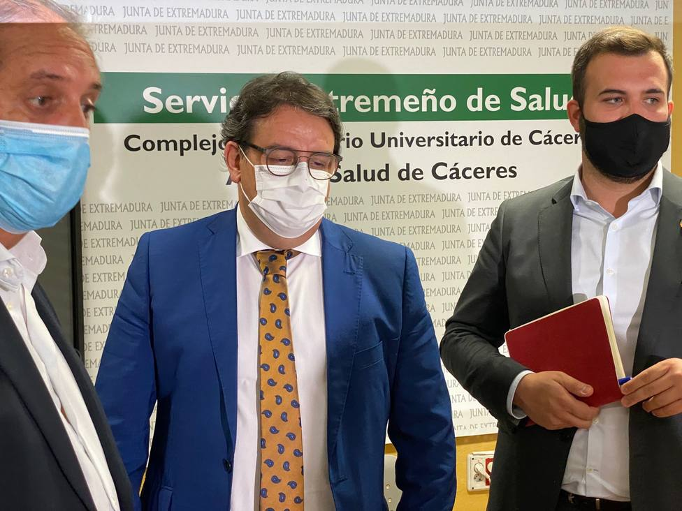 La oposición considera que hay motivos para la dimisión de Vergeles
