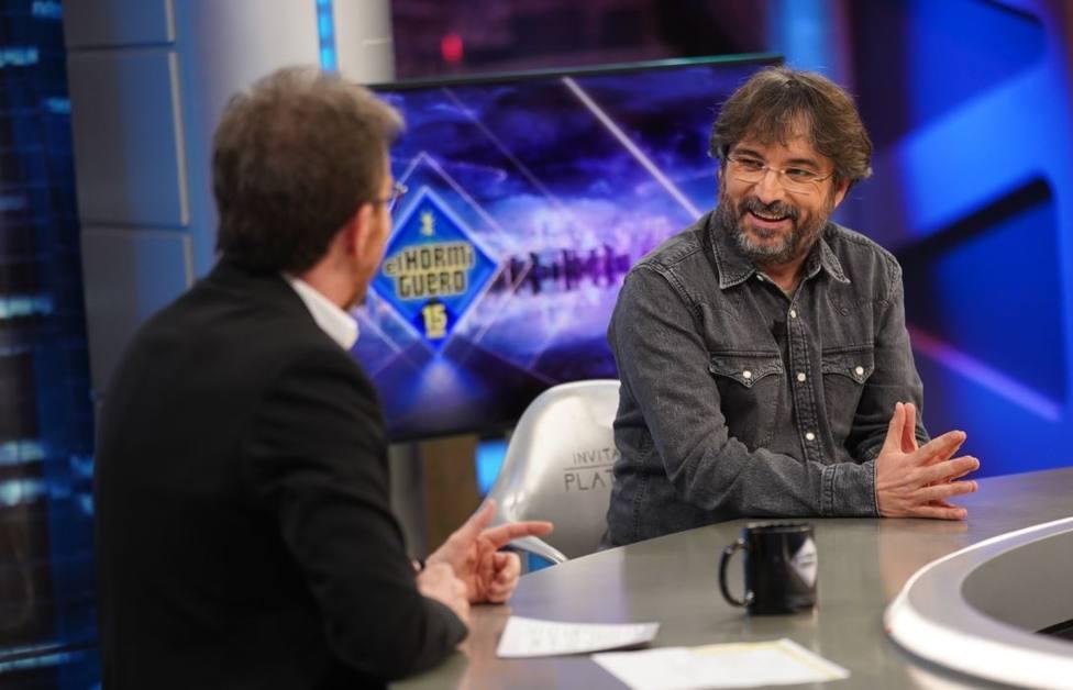 Pablo Motos, obligado a socorrer en directo a Jordi Évole por una ataque de cataplexia: Ni se te ocurra
