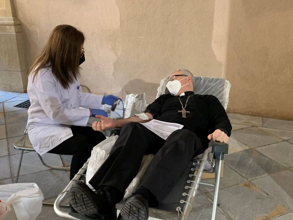 La Iglesia se suma hoy a la donación de sangre