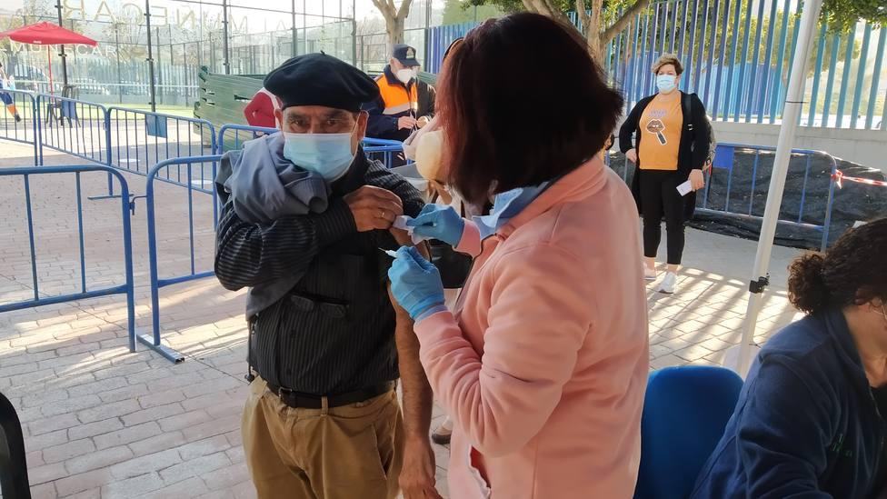 ctv-6lw-vacunacion-estadio-municipal-almuecar-21--1