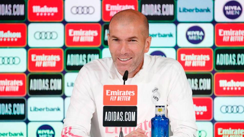 Zinedine Zidane, en la rueda de prensa previa al Granada - Real Madrid (FOTO: Real Madrid)