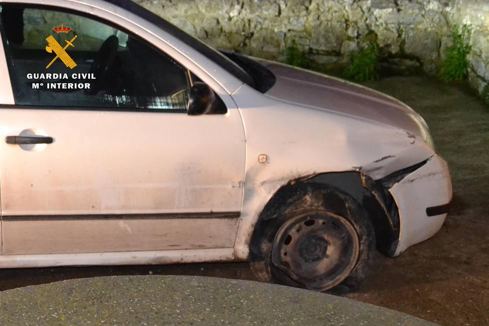 Investigan a un conductor en La Rioja que se precipitó por un barranco bajo los efectos del alcohol