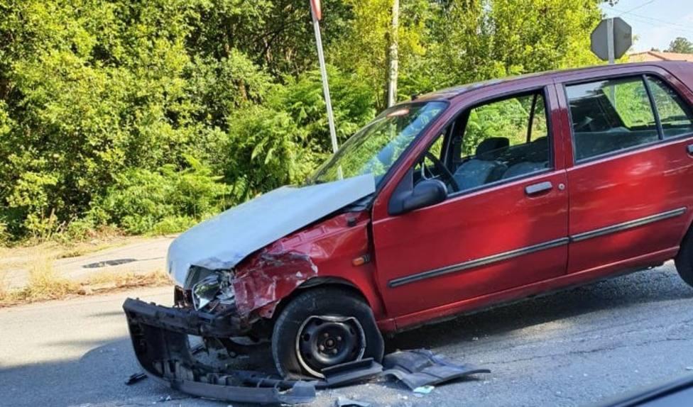 Estado en que quedó uno de los vehículos implicados en la colisión - FOTO: Tráfico Ferrolterra