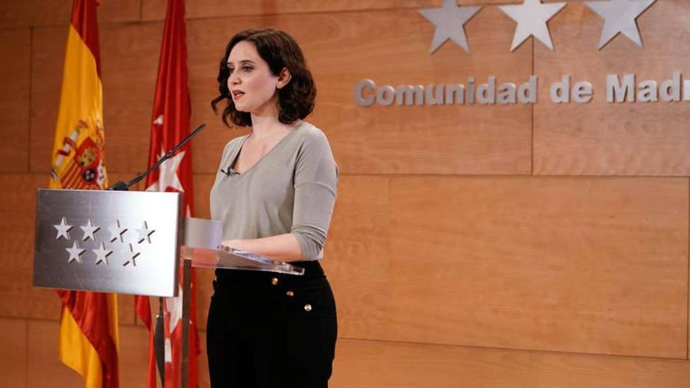 Ayuso aprueba, con la abstención de Vox, la reforma de Telemadrid con la que relevará a su cúpula