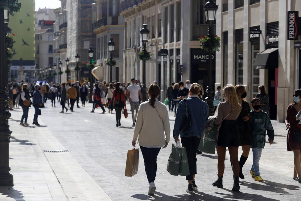 Muere un joven de 22 años en Málaga tras quedar atrapado en contenedor para donar ropa