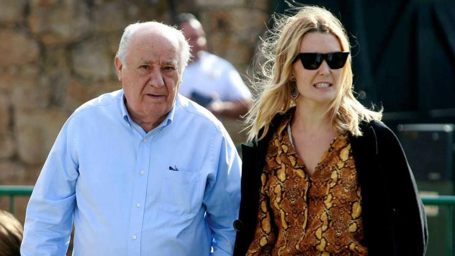 Amancio Ortega junto a su hija Marta | EFE