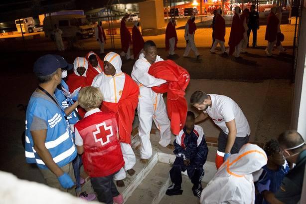 5 fallecidos entre los 107 inmigrantes que han llegado a Motril