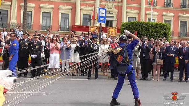 Más de 250 personas se inscriben al Juramento Civil de la Bandera