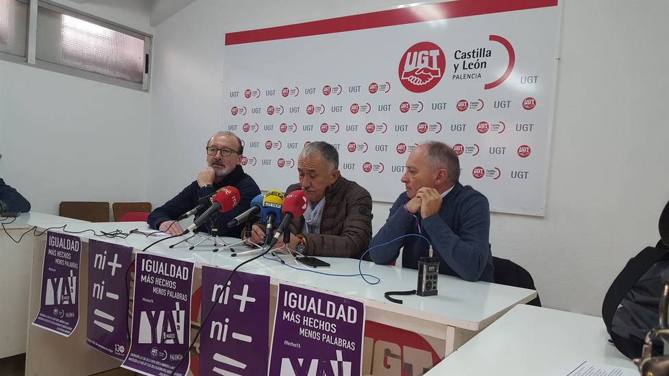 Álvarez (UGT) pide a Sánchez que apruebe por decreto la reforma laboral, como hizo con la subida del SMI