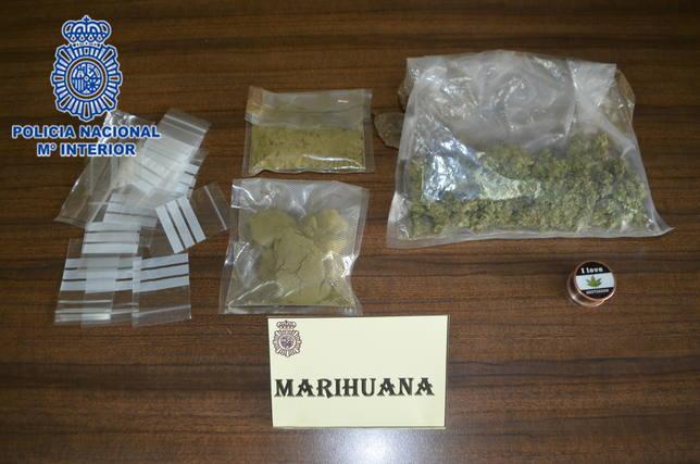 Bolsas de marihuana intervenidas por la policía