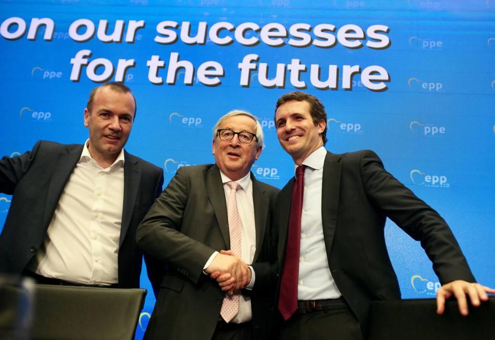 Casado se verá el jueves en Bruselas con líderes del PPE, cita previa al Consejo Europeo sobre reparto de cargos en UE