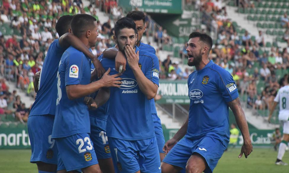 El Fuenlabrada solicita aplazar su partido frente al Zaragoza por la intoxicación alimentaria de 11 jugadores