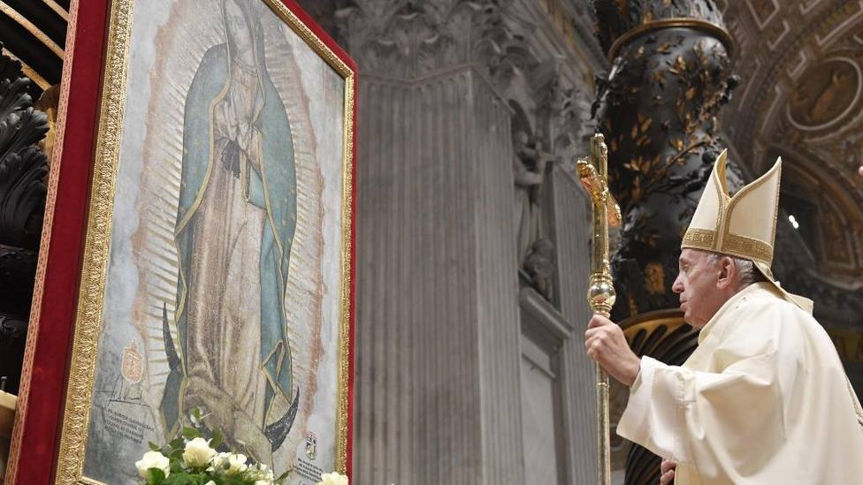 El Papa en la fiesta de la Virgen de Guadalupe:  María es Madre de todos