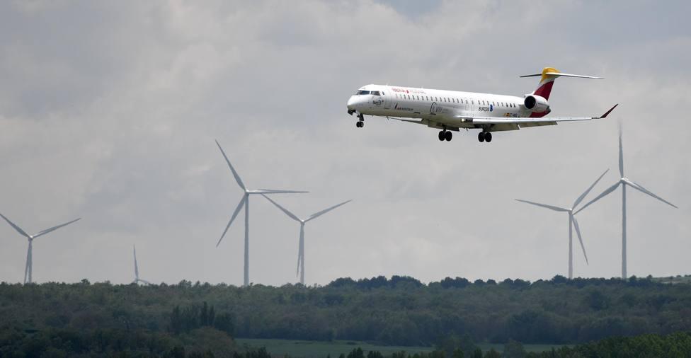 Air Nostrum pone a la venta los vuelos que conectan la capital burgalesa con la ciudad condal hasta 2021
