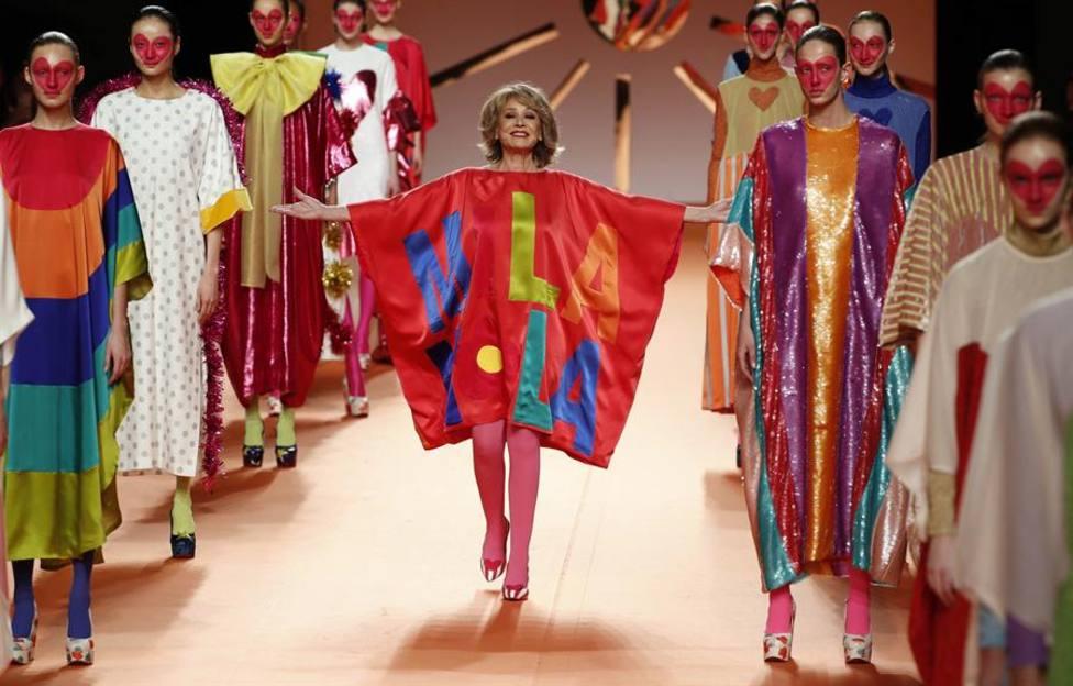 Mila Ximénez en el desfile de Agatha Ruiz de la Prada