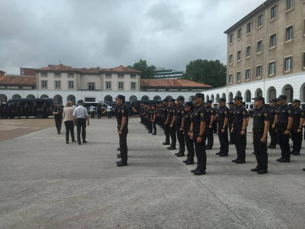 Policías Nacionales juran el cargo en Buenavista