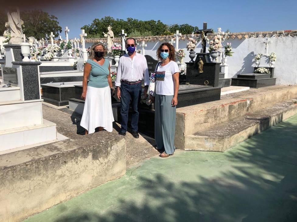 El cementerio municipal de Santa Cruz contará connuevos columbarios el próximo año
