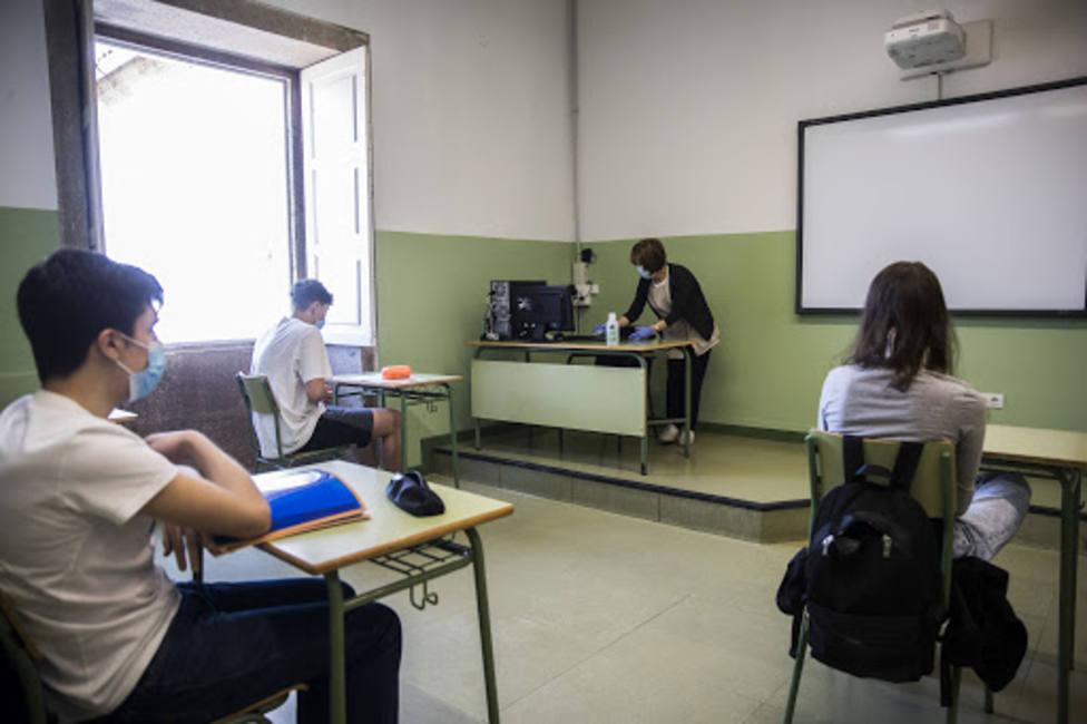 Canarias registra 173 alumnos y 31 profesores con covid-19